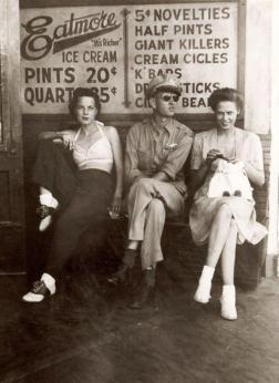 Su una panchina nel '40 a Yakima, Washington