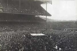 Pelea de box en el estadio de los Yankees en 1923