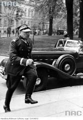 Il primo ministro polacco corre al Parlamento dopo che la Germania nazista annulla unilateralmente il patto di non aggressione, 1939