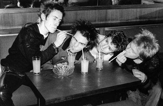 Sex Pistols, 1977
