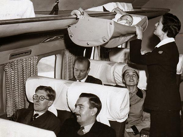 Ecco come si usava far volare i bambini in aereo