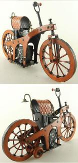 Il primo modello al mondo di motocicletta prodotto dalla Mercedes-Benz -1885