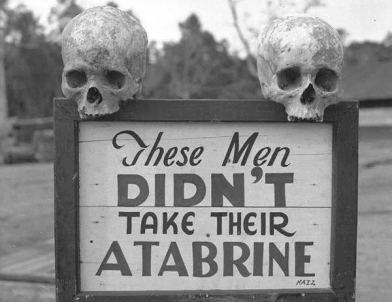 Una pubblicità per la Atabrine, un farmaco anti-malaria, durante la seconda guerra mondiale