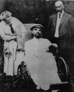 Ultima foto di Vladimir Lenin. Aveva avuto tre colpi a questo punto ed era completamente muto, 1923