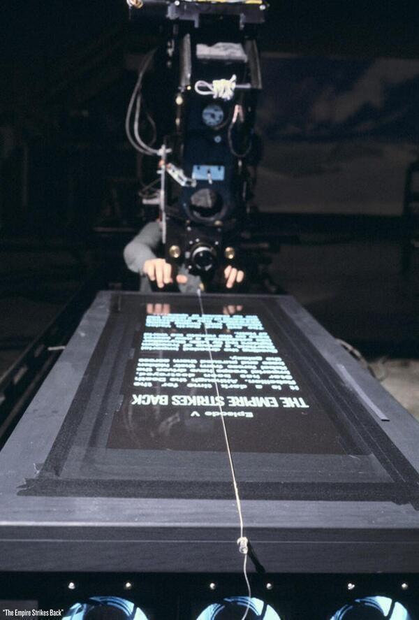 Come è stata filmata la sigla di apertura di Star Wars