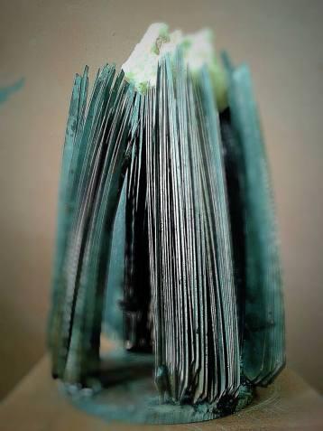 Jacopo Mandich - Magnesite pura e ferro di falce