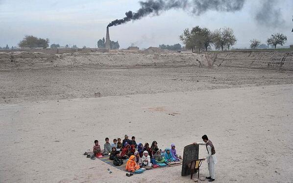 Scuola in Afghanistan - Fotografia di Noorullah Shirzada