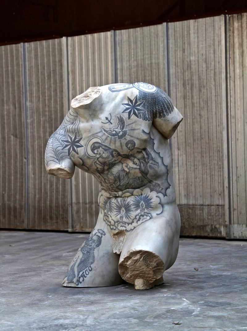 Opera di Fabio Viale