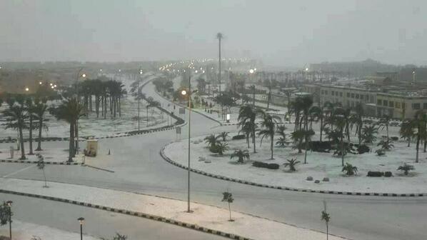 Per la prima volta in 112 anni, nevica a Cairo