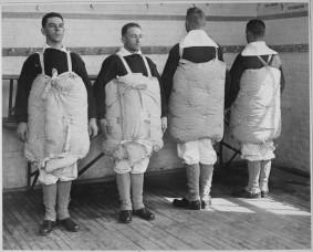 Materassi utilizzati per salvare la vita dalle reclute US Coast Guard nel 1917