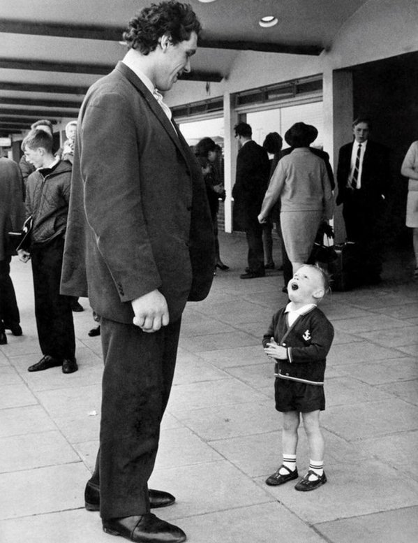 Bambino incontra André the Giant, 1970