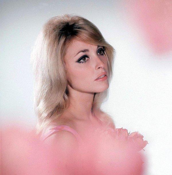 """Sharon Tate in """"La valle delle bambole"""", '60"""