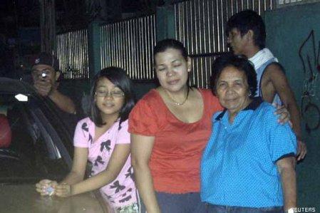 Un politico nelle Filippine Reynaldo Dagsa fotografa il suo assassinio