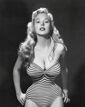 Americana ex modella, pinup e autrice, Betty Brosmer Weider, circa 1950