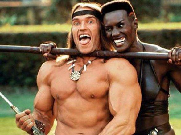 Arnold Schwarzenegger e Grace Jones sul set di Conan il distruttore - Arnie Photos