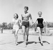 Clint Eastwood con le attrici Olive Stargess e Dani Crayne a San Francisco (1954)