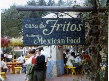 Le Doritos furono inventate nella Casa de Fritos, ristorante messicano a Disneyland in Anaheim, California