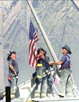 I vigili del fuoco per l'11 settembre 2001. Fotografia di Thomas E Franklin