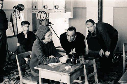 "Ingmar Bergman e Ingrid Thulin preparano le riprese ""Winter Light"", 1963"