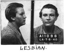 Foto segnaletica dal lontano 1940, quando era un crimine essere un omosessuale