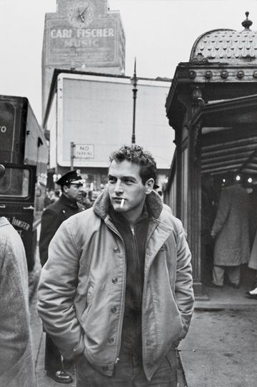 Paul Newman a New York, 1956. Fotografia di Sanford Roth