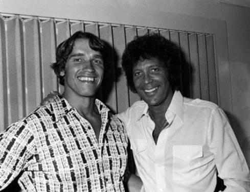 Arnold Schwarzenegger e Tom Jones