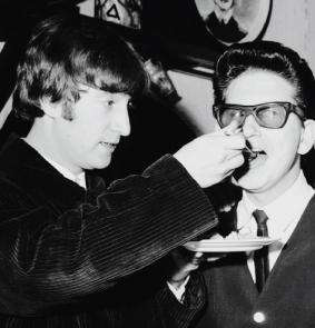 John Lennon e Roy Orbison