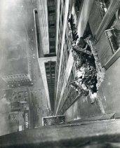 Un bombardiere B-25 si schianta contro l'Empire State Building, la mattina del 28 luglio 1945