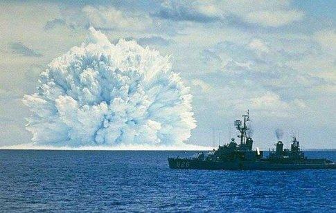 Un test nucleare sottomarino è stato condotto durante l'Operazione Dominic, nella costa del Pacifico della California,1962