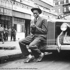 Il giocatore di baseball Satchel Paige, Harlem 1941