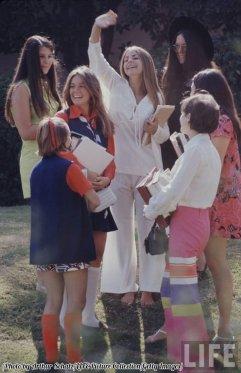 Compagni di scuola a Beverly Hills, LIFE 1969