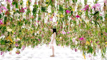 Floating Flower Garden by TeamLab