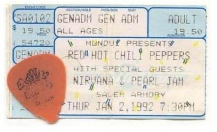 I $19.50 meglio spesi da sempre. Il biglietto dei Red Hot Chili Peppers con special guest Nirvana e Pearl Jam, circa 1992