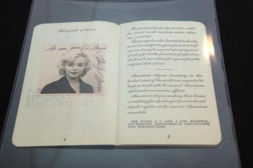 Passaporto di Marilyn Monroe (1954)