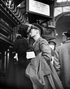 1944 Bacio ai tempi di guerra