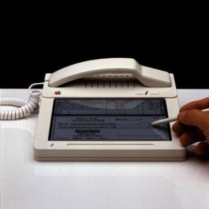Prototipo dell'iPhone Touchscreen della Apple dal 1983