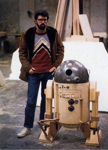 George Lucas e il prototipo R2D2, 1975