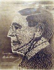 La testa del presidente degli Stati Uniti Wilson formata da 21.000 soldati a Camp Sherman. Fotografia di Arthur S. Mole e John D. Thomas. 1918