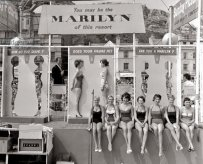 Competizione per portamento simil Marilyn Monroe a Hastings, UK, 1958