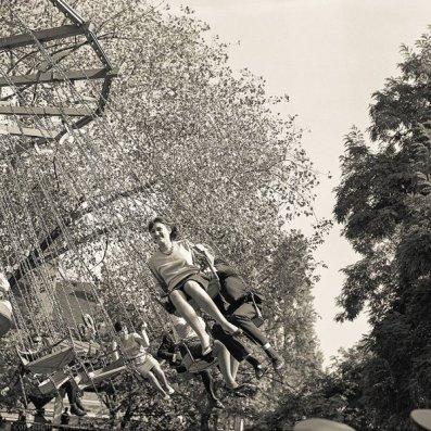 Altalena in Vidam Park, Budapest, 1967