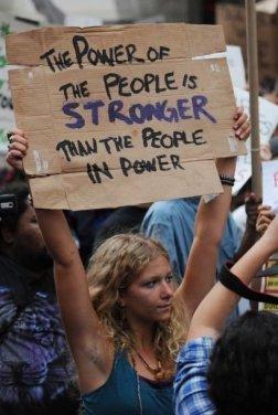 Il potere della gente è più forte della gente al potere