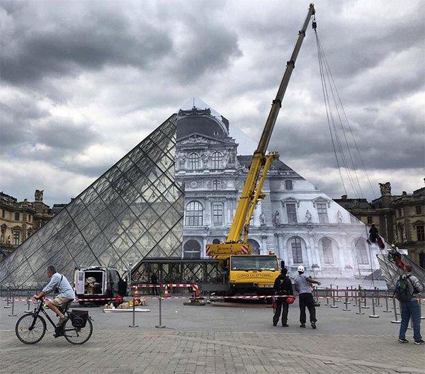 JR @Louvre, Parigi
