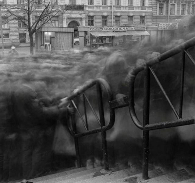 The city of shadows by Alexey Titarenko