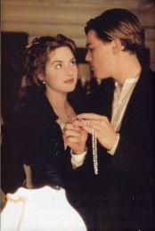 Leonardo DiCaprio e Kate Winslet in Titanic, 1997
