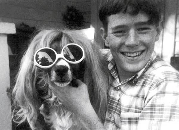 Bryan Cranston a 14 anni con il suo cane, 1970