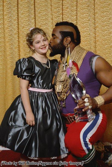 Una giovane Drew Barrymore e Mr. T al popolare Choice Awards Show, 1984