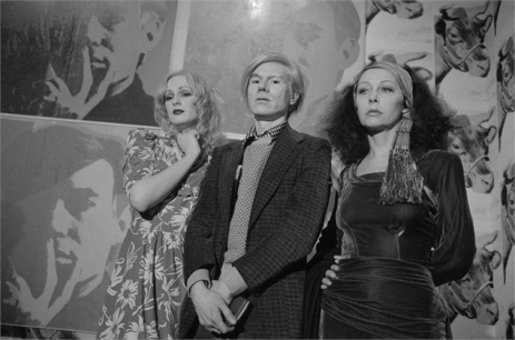 Andy Warhol, 1971 Con Ultra Violet e Candy Darling ©Corbis