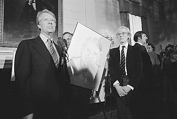 Andy Warhol e Jimmy Carter nel 1977