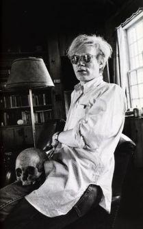 Andy Warhol fotografato da Peter Beard, Montauck, c1972