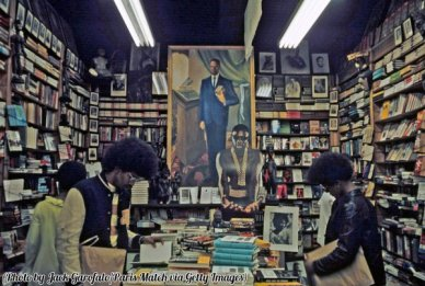 Libreria ad Harlem, 1970. Fotografia di Jack Garofalo